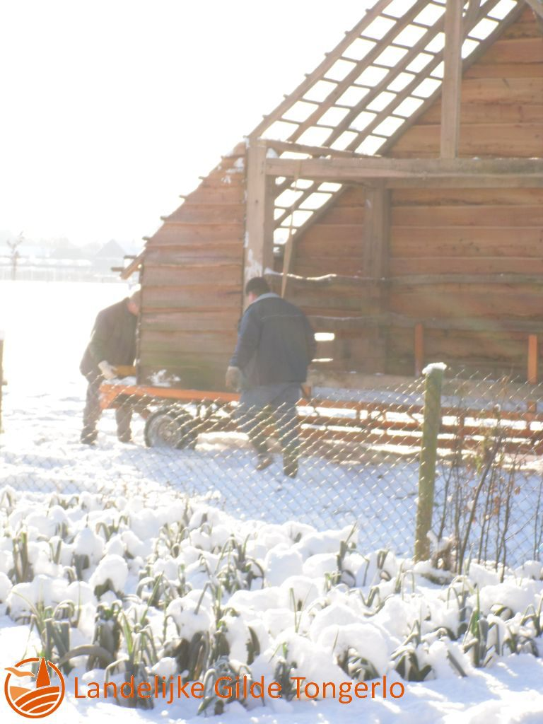 2009-Kerststal-afbreken-035