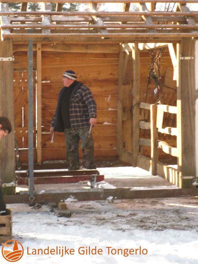 2009-Kerststal-afbreken-036