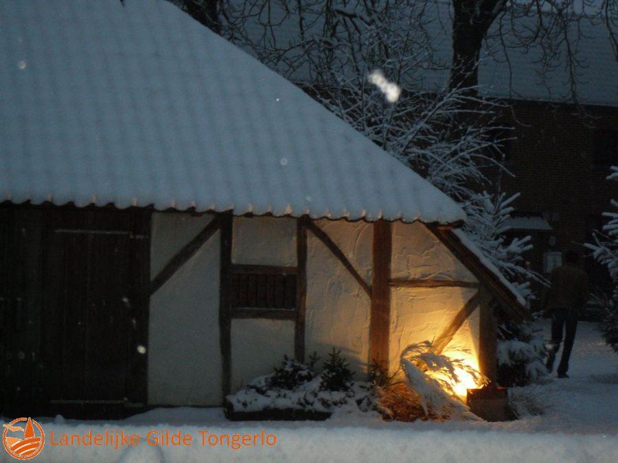 2009-Kerststal-in-de-sneeuw-002