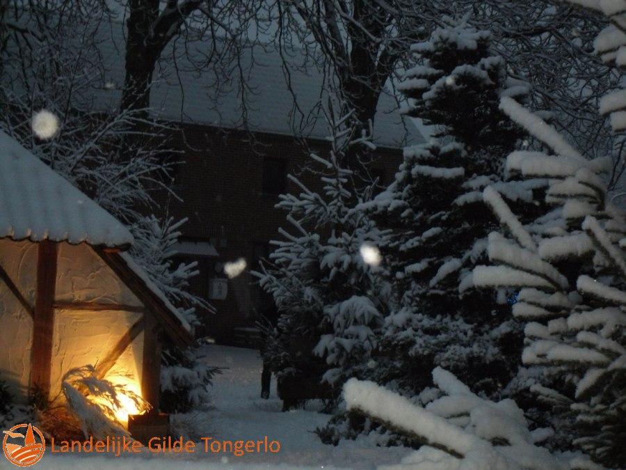 2009-Kerststal-in-de-sneeuw-003