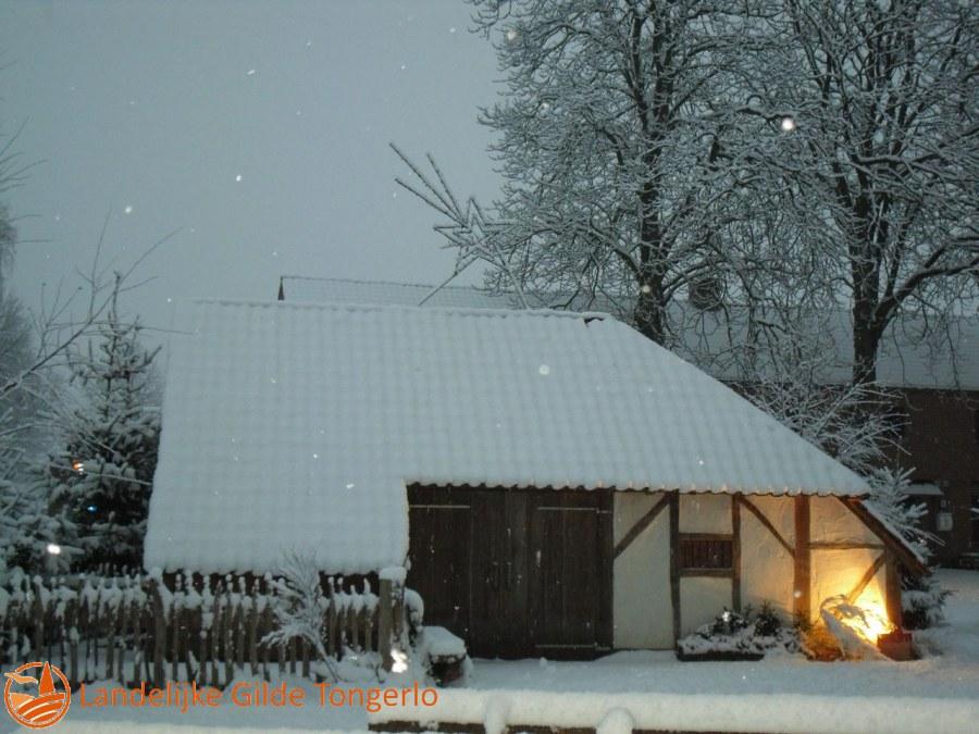 2009-Kerststal-in-de-sneeuw-005