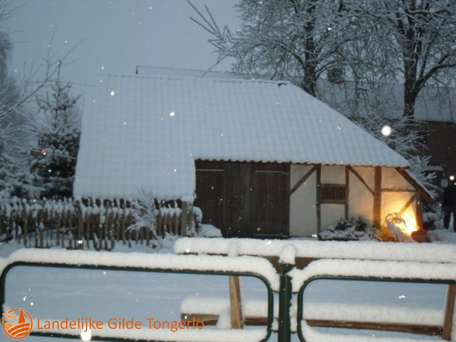 2009-Kerststal-in-de-sneeuw-006