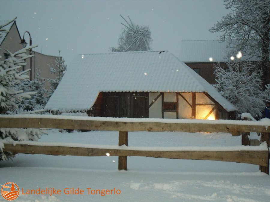 2009-Kerststal-in-de-sneeuw-007