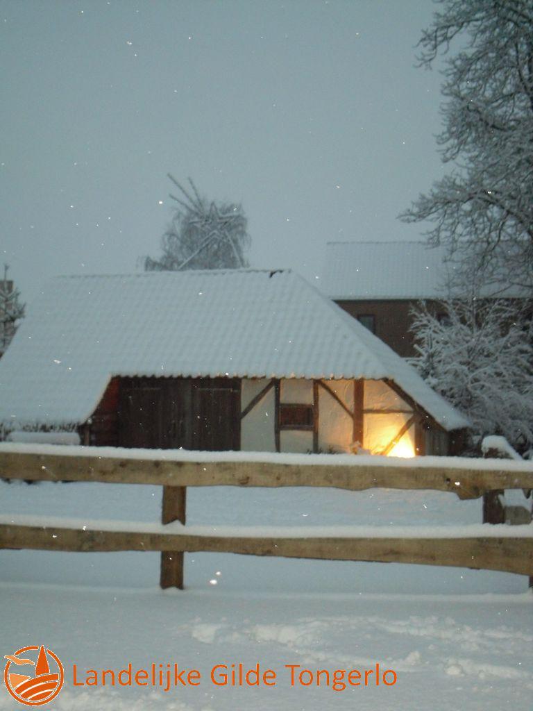 2009-Kerststal-in-de-sneeuw-008