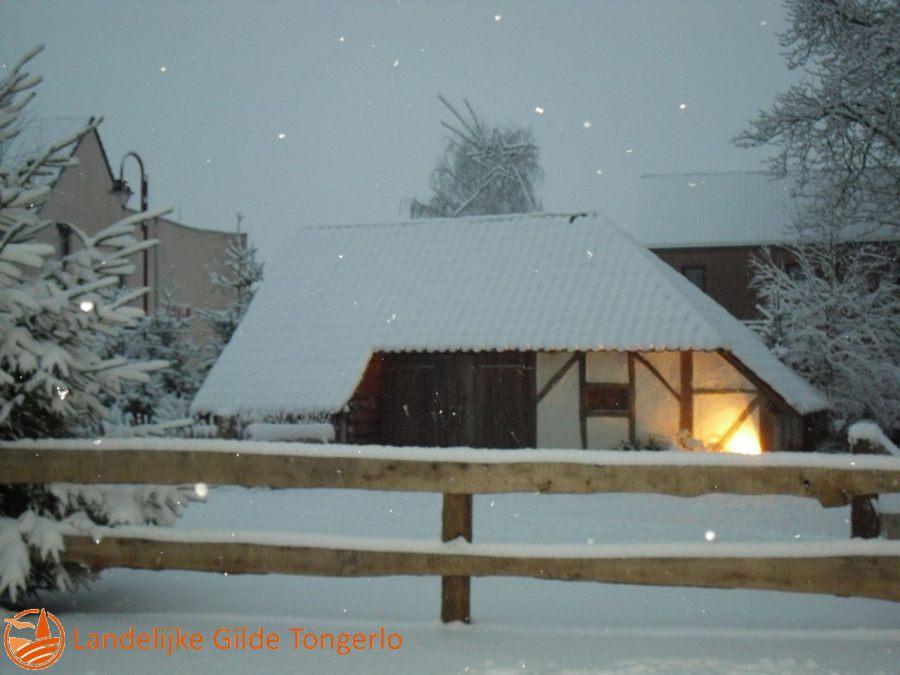 2009-Kerststal-in-de-sneeuw-009