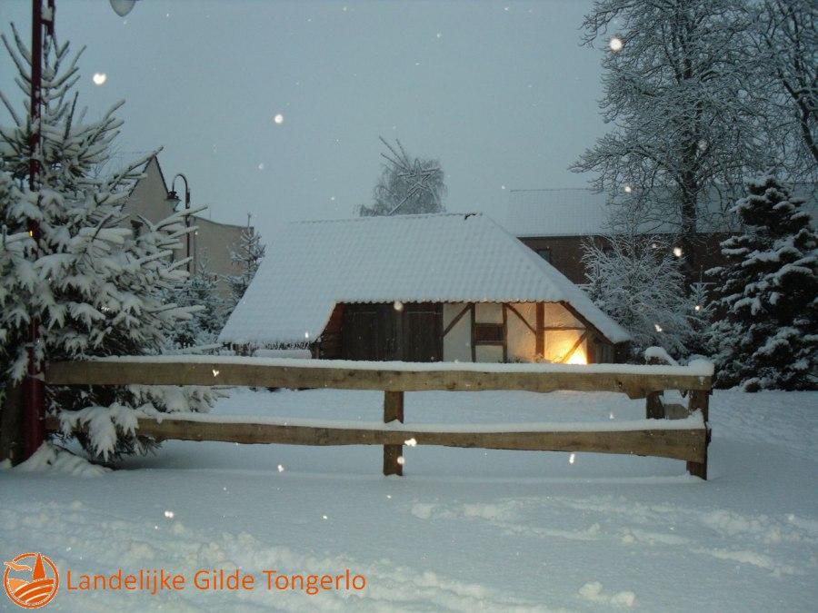 2009-Kerststal-in-de-sneeuw-010