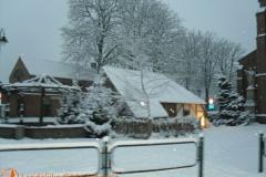 2009 Kerststal in de sneeuw