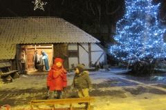 2011 Kerststal zetten