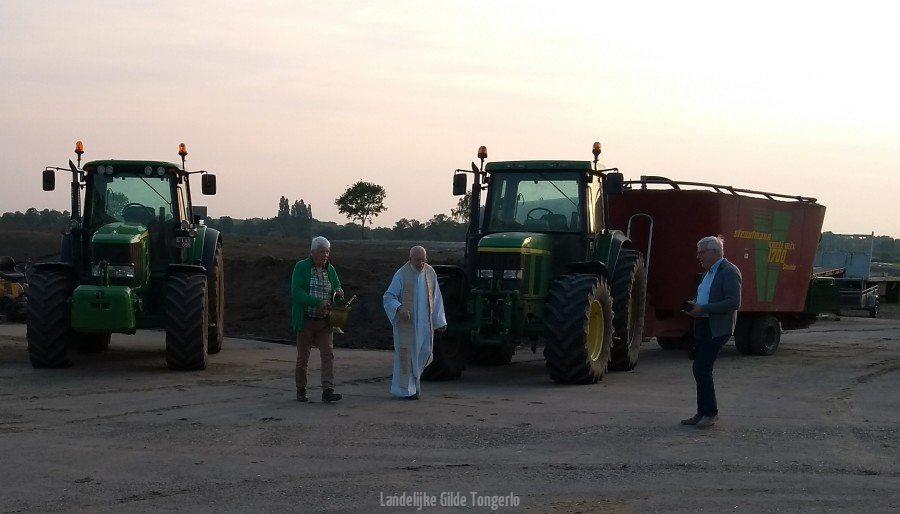 openlucht-mis-traktor-zegening